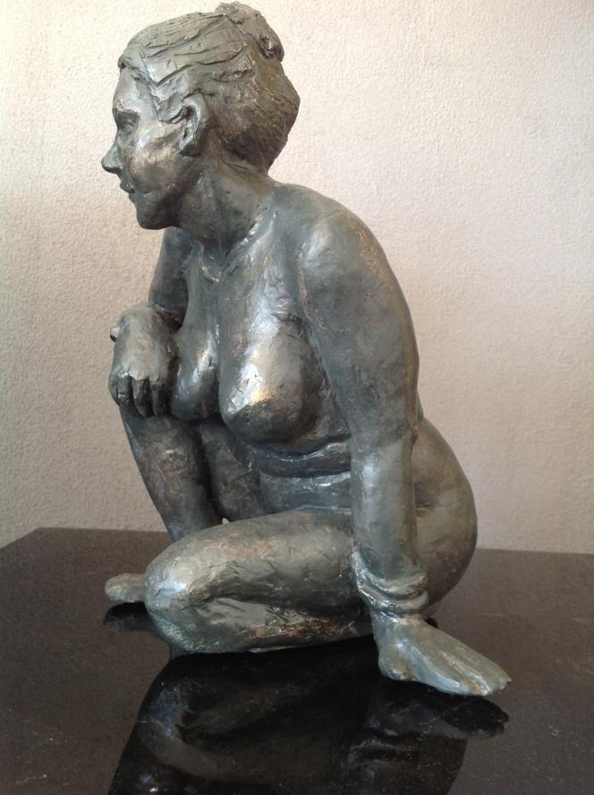 Eva-Nu-Sculpture-Figuratif-Terre cuite-Patine Bronze H28/L21/P22cm-Fait main-Pièce unique