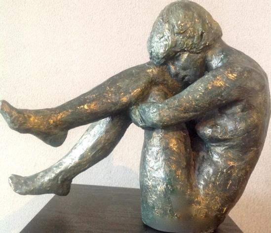 Colette-Sculpture-Figuratif-Terre cuite patinée bronze-H24/L11/29cm