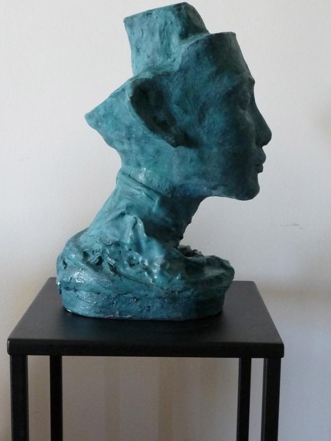 Nephertiti-Sculpture-Figuratif-Terre cuite-Patine Bronze H33/L20/P21cm-Fait main-Pièce unique